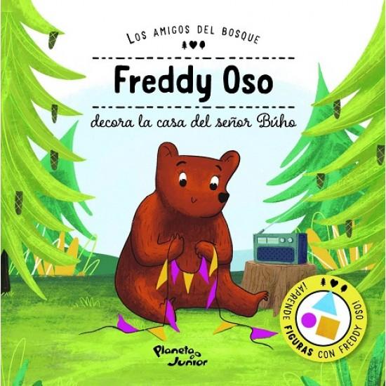 Freddy oso decora la casa del señor búho
